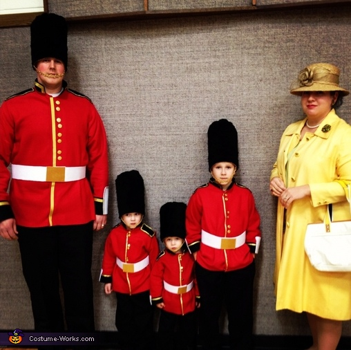 the_queen_and_her_royal_guards
