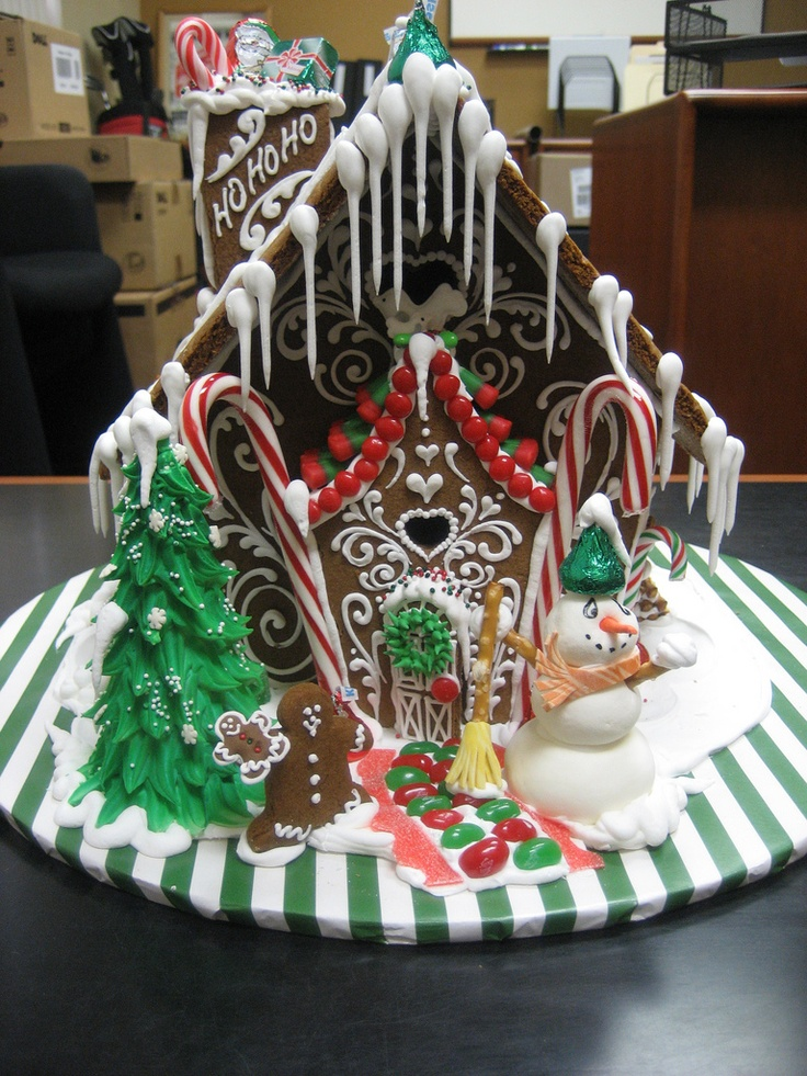 Gingerbread House 15