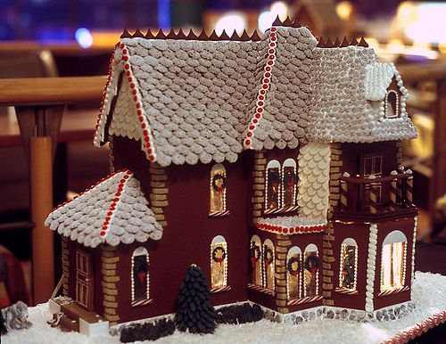 Gingerbread House 24