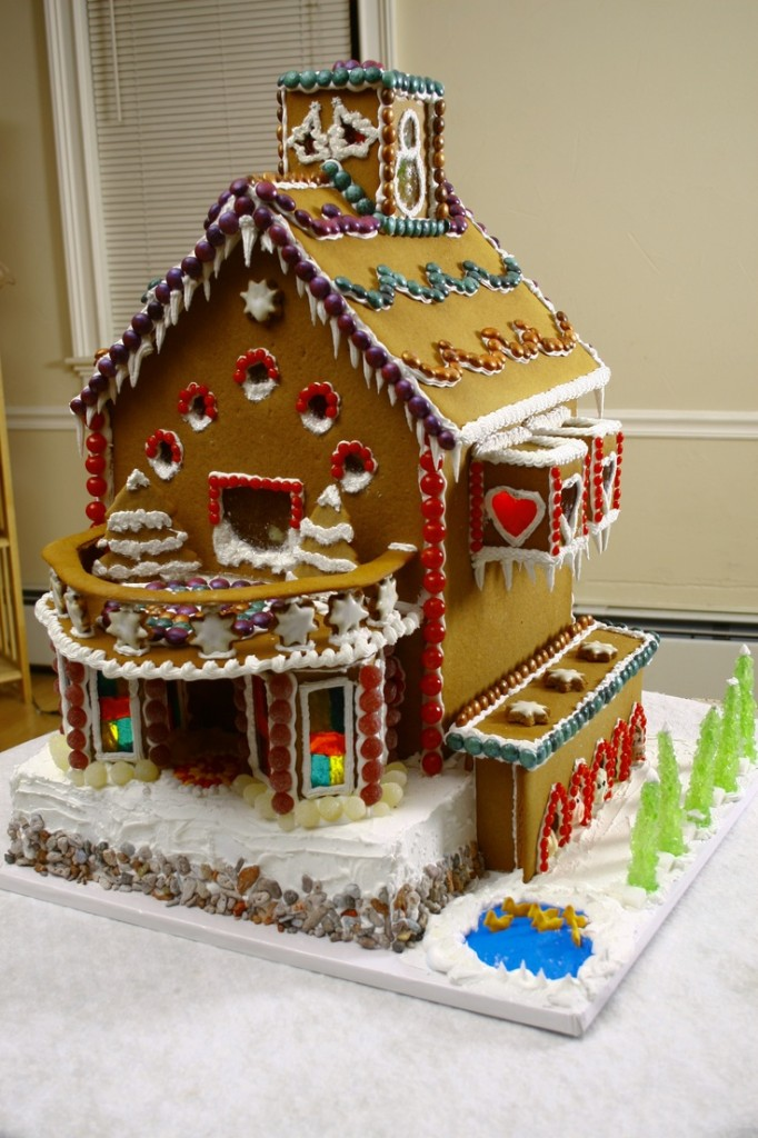 Gingerbread House 25