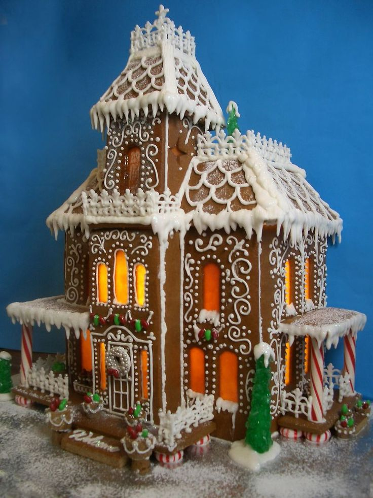 Gingerbread House 26