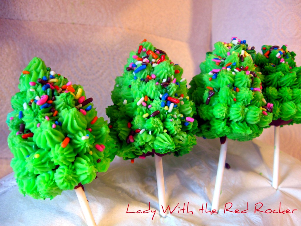 Oreo Christmas Tree Pops