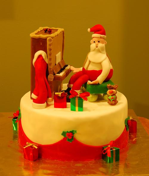 Santa on the Piano