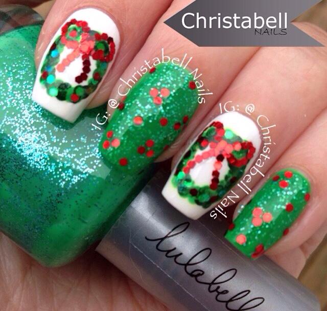 Wreath Nails