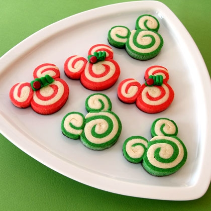 mickey-and-minnie-peppermint-swirl-cookies